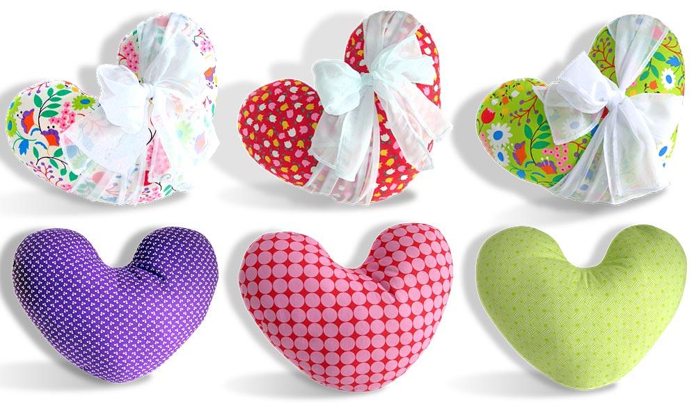 0777-Heart_Pillow-15_b